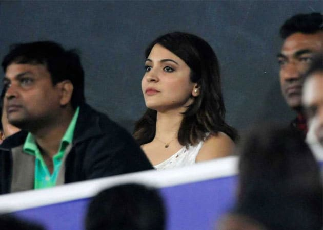 Virat Kohli Blows Anushka Sharma a Kiss After Breaking Record