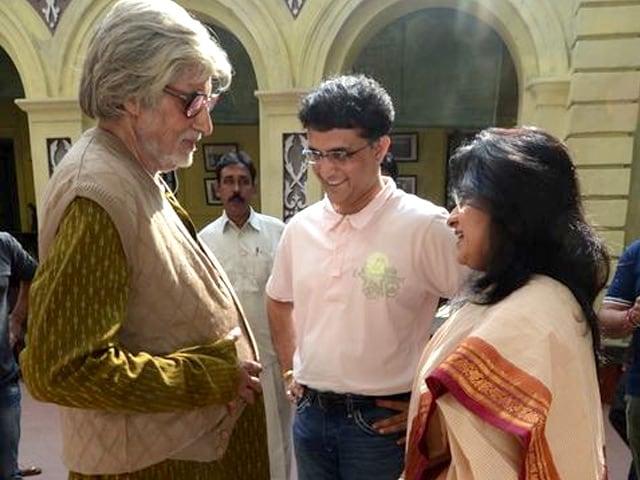 Amitabh Bachchan and Saurav Ganguly,