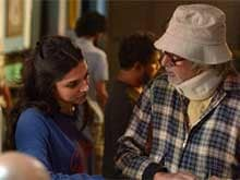 Amitabh Bachchan Defends Posting <i>Piku</i> Pictures on Social Media