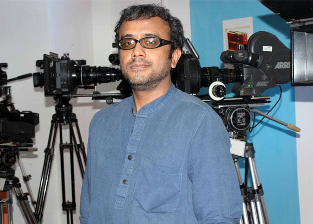 Dibakar Banerjee : Smoke, Dirt Needed to Sell Reality