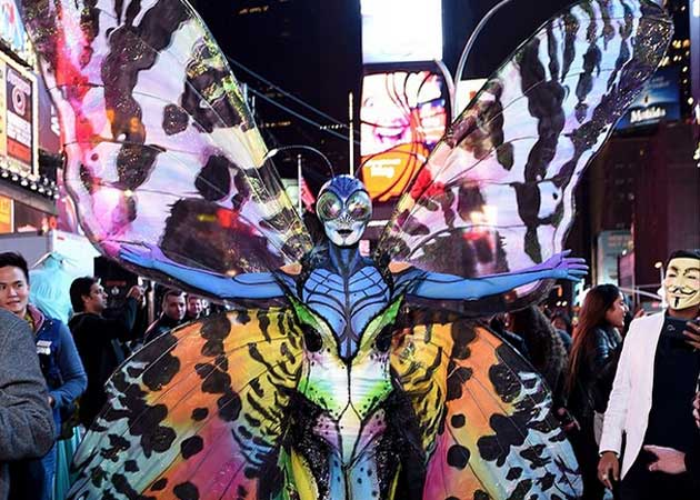 How Heidi Klum Turned Into a Butterfly For Halloween
