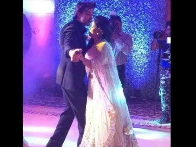 When Arpita Khan, Hrithik Roshan Danced Like Nobody Was Watching