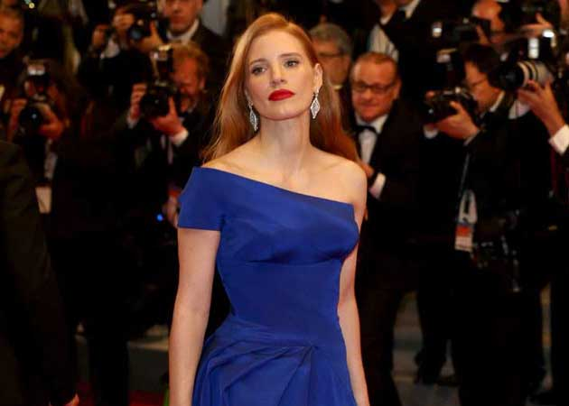 Jessica Chastain Likes to 'Hide in The Shadows'