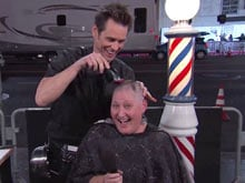 Getting <i>Dumber</i>? Jim Carrey Shaves Off a Female Fan's Head on TV Show