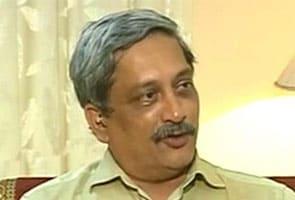 किसी युवा को लाने के लिए चंदर को हटाया गया : रक्षामंत्री मनोहर पर्रिकर