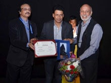 IFFI 2014: Manoj Bajpayee Gets Nostalgic at Indian Panorama Opening Ceremony