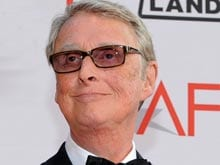 Mike Nichols, Director of <i>The Graduate</i>, Dies at 83