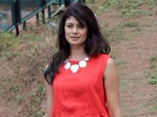 Pooja Batra Launches Bollywood Radio Station in the US