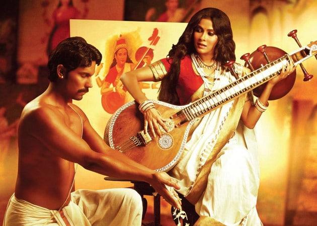 Randeep Hooda: Rang Rasiya is a Passionate Love Story