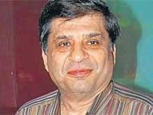 Late Filmmaker Ravi Chopra's Last Rites in Mumbai Today
