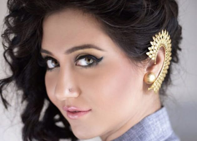 Actress Swastika Mukherjee Caught Shoplifting?