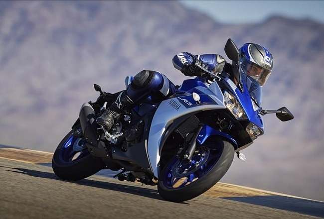 Yamaha R3 Launched in India; Priced at ₹ 3.25 Lakh
