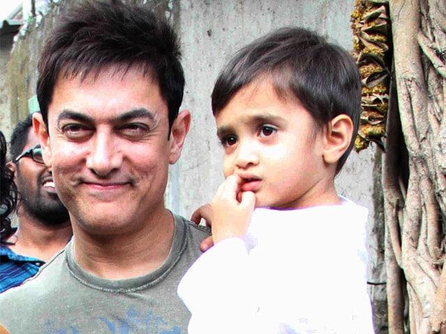Aamir Khan's Son Azad is PK's First Viewer