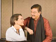 Sonakshi Says She Will Always Look Up To Father Shatrughan Sinha