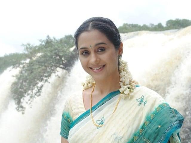 Former South Actress Devayani is Now a School Teacher