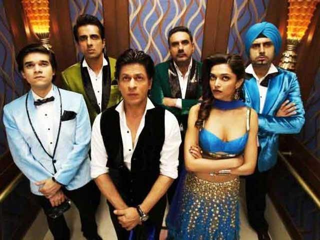 Happy New Year Sweeps Stardust Awards, Shah Rukh Khan, Deepika Padukone Win Top Honours