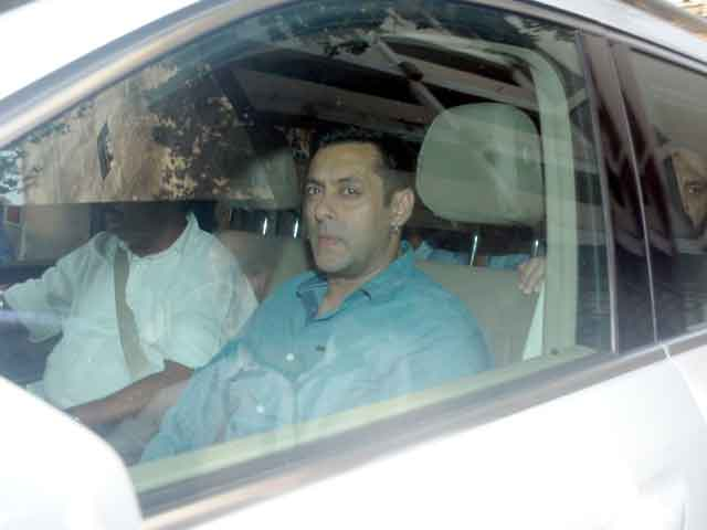 Salman Khan Hit-and-Run Case: Witness Says He Found Alcohol in a Blood Sample