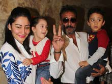 Out on Parole, Sanjay Dutt Watches <i>PK</i> With Family