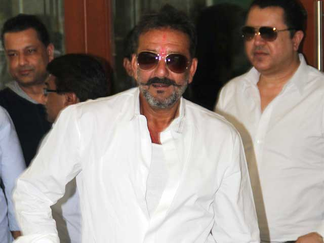 Actor Sanjay Dutt Released from Yerwada Jail on 14-Day Furlough