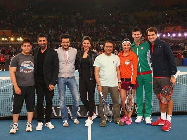 Clash of IPTL Titans: Deepika, Aamir Play Federer, Djokovic in Celebrity Mixed Doubles