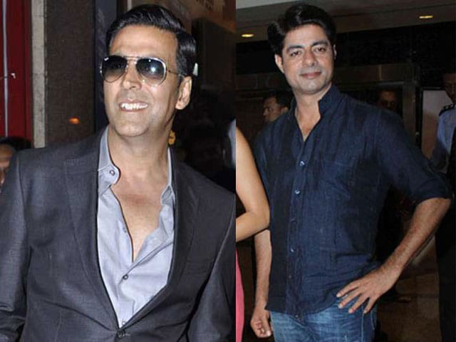 Akshay Kumar Does Not Behave Like a Superstar, Says Sushant Singh