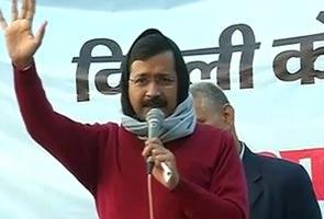 शरद शर्मा की खरी-खरी : दिल्ली में 'बी' टीम की राजनीति