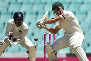 सिडनी टेस्ट : ऑस्ट्रेलियाई बल्लेबाज़ों ने फिर बनाया दबाव