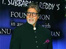 Amitabh Bachchan Welcomes 2015 on a Quiet Note