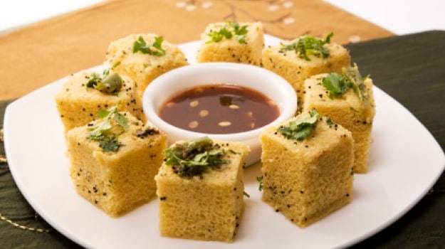 Watch: Healthy And Delicious Tea-Time Snack Ragi Rava Dhokla Recipe!