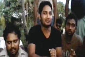 श्रीलंका में फंसे 77 भारतीय मज़दूर