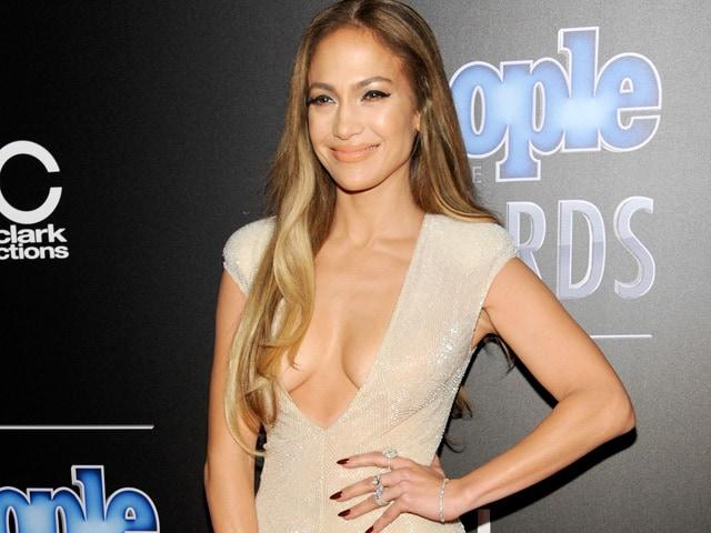 Jennifer Lopez Changes Marital Name Legally