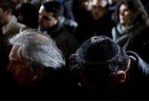 यहूदी स्कूलों की सुरक्षा के लिए फ्रांस ने करीब 5,000 पुलिस कर्मियों को किया तैनात