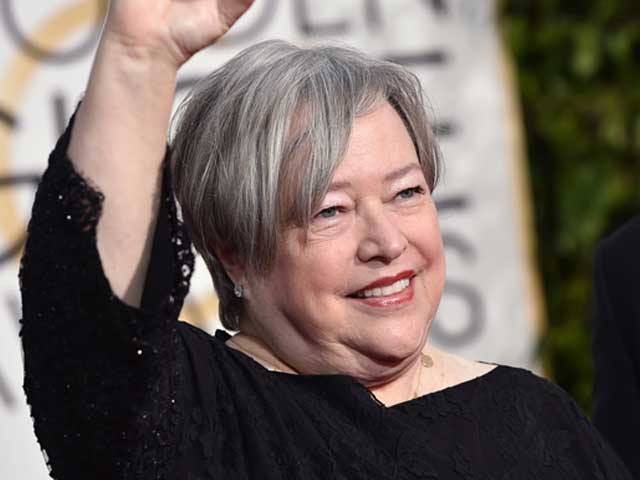Golden Globes 2015: Kathy Bates Hurts Foot Mid-Show But is 'Fine Now'