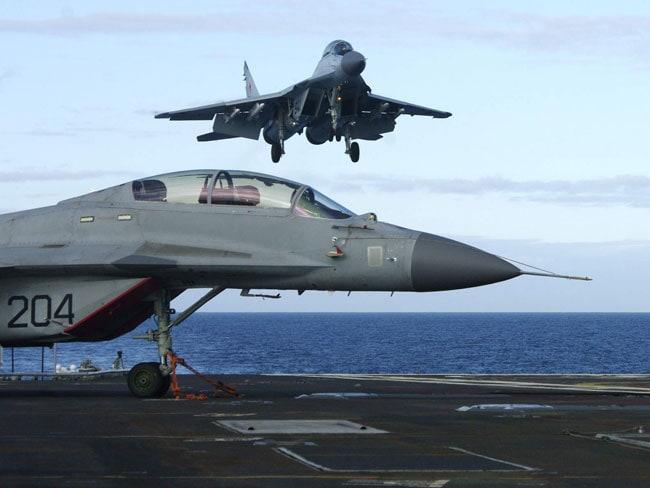 इस बार नौसेना की हवाई ताकत भी दिखेगी 26 जनवरी की परेड में...