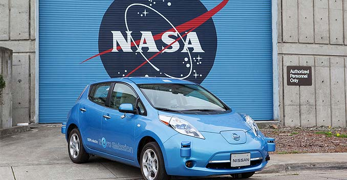 NASA and Nissan to Work on Driverless Cars