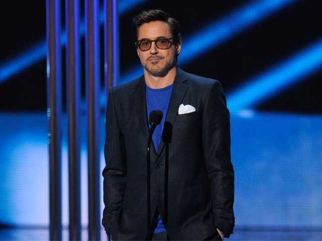 Robert Downey Jr, Big Bang Sweep People's Choice Awards