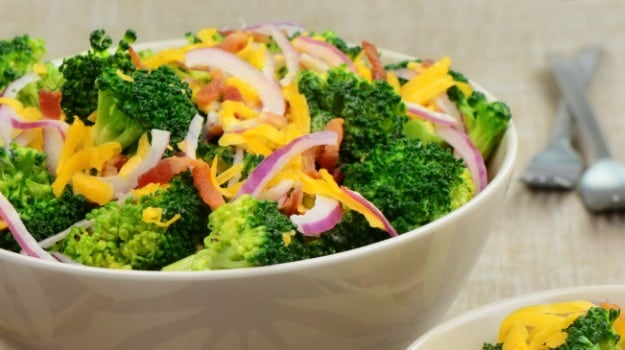 Bell pepper and Broccoli Salad