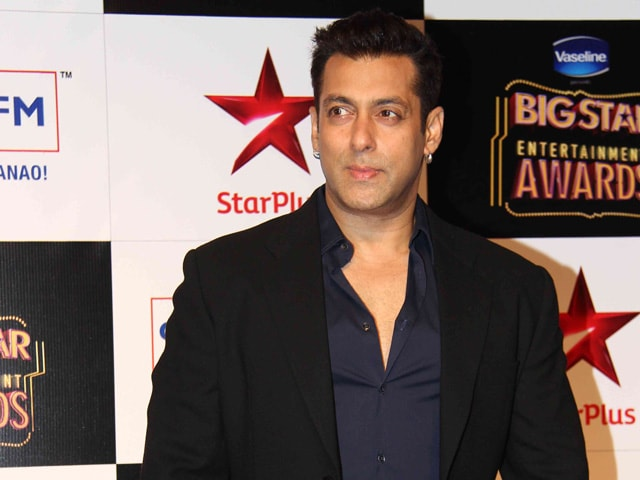 PM Modi Congratulates Salman Khan For Clean India Contribution
