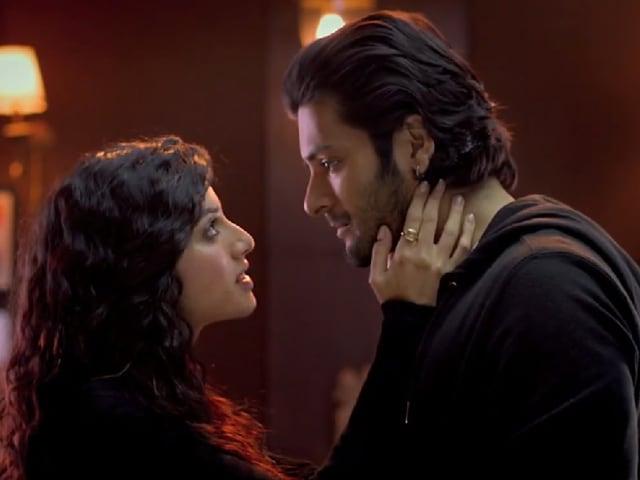 Sapna Pabbi: Khamoshiyan's Intimate Scenes Weren't Hard, Emotional Scenes Were
