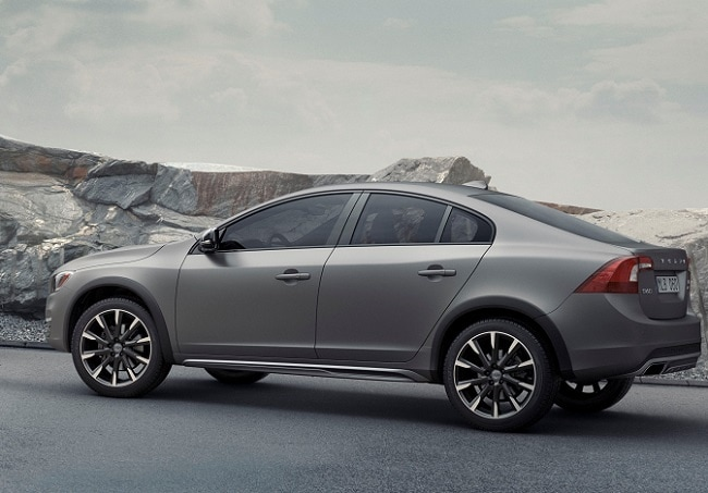 Volvo S60 Cross Country side profile