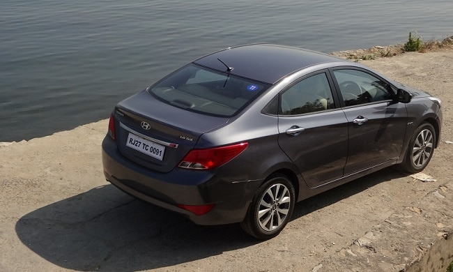 2015 Hyundai Verna rear profile