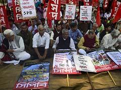 9 Killed in Bangladesh Fire Bomb Attacks