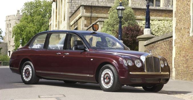 Used Car Loan >> Queen of England is Looking for a Chauffeur - NDTV CarAndBike