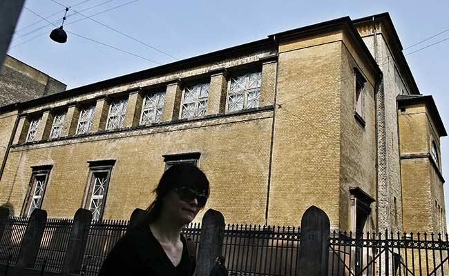 Man Killed in Copenhagen Synagogue Shooting Was Jewish, Says Faith Group