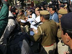 Police Drag Priests, Nuns, Children into Buses During Protests Against Church Attacks in Delhi