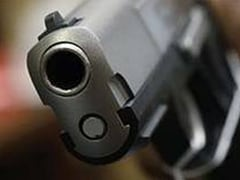 4-Year-Old In US Accidentally Shoots Pregnant Mother Watching TV In Bed