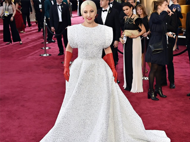 Oscars 2015: Lady Gaga's Dress Took 1,600 Hours to Make