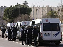 Neighbourhood in France's Marseille Sealed Off After Shots at Police