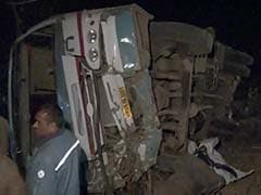 10 Killed, 40 Injured After Bus Falls Into Gorge in Dhar, Madhya Pradesh