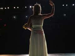 Miss Amazon Runner-Up Snatches Crown Off Winner in Brazil